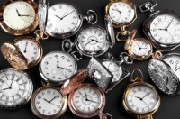 depositphotos_46109487-stock-photo-vintage-pocket-watches